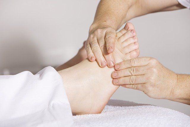 refleksna-masaza-stopal