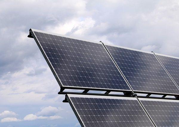 Cena sončne elektrarne na ključ